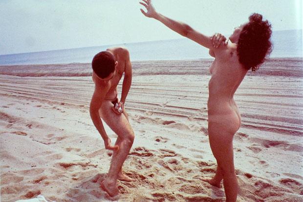 חברים-בחוף-הים-נאן-גולדין