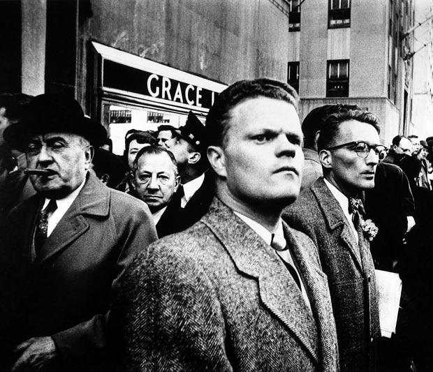 וויליאם קליין מצלם אנשים ברחוב בניו יורק