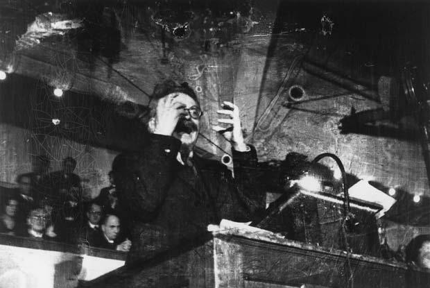 DENMARK.-Copenhagen.-November-27th,-1932.-Leon-Trotsky-lecturing