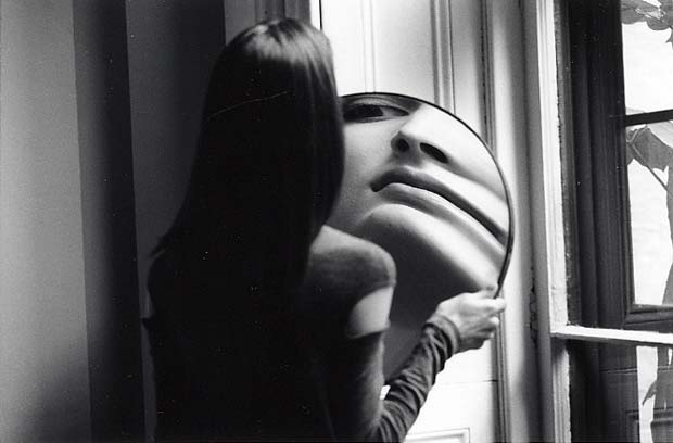 DUANE-MICHALS.-Dr-Heisenbergs-Magic-Mirror-of-Uncertainty-1998-5