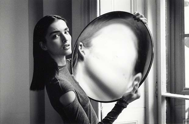 DUANE-MICHALS.-Dr-Heisenbergs-Magic-Mirror-of-Uncertainty-1998-6