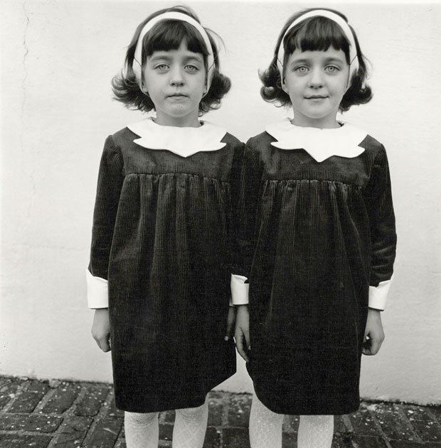 Identical-twins,-Roselle,-N.J.
