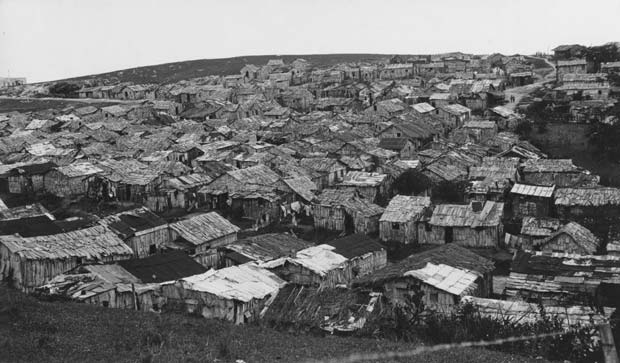 Walker-Evans.-Squatter's-Village.-1933
