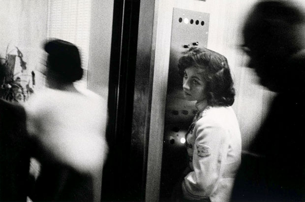 רוברט פרנק, מעלית , מיאמי, 1955