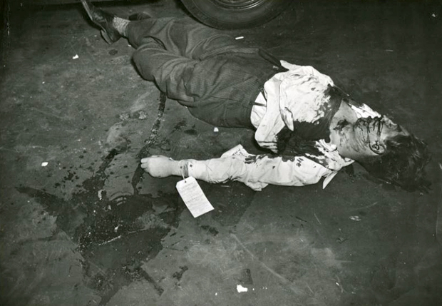 weegee,-Dead-on-Arrival,-New-York-City,-1945